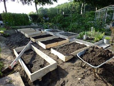 De nieuwe tuin bakken middenstuk